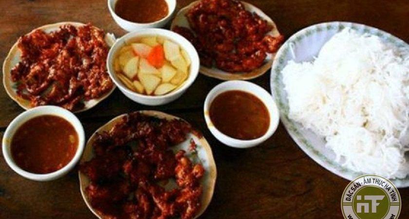 Hương vị Hà Tĩnh trong món bún thịt nướng